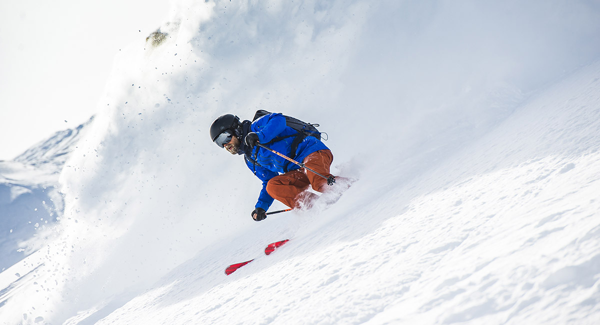 Un skieur de haut niveau