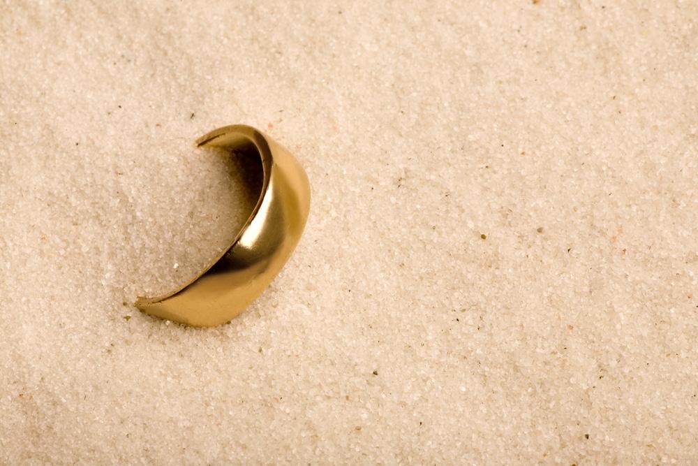 bijou objet perdu plage